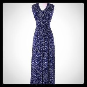 Loveappella Casual Navy Chevron Maxi Dress Size S